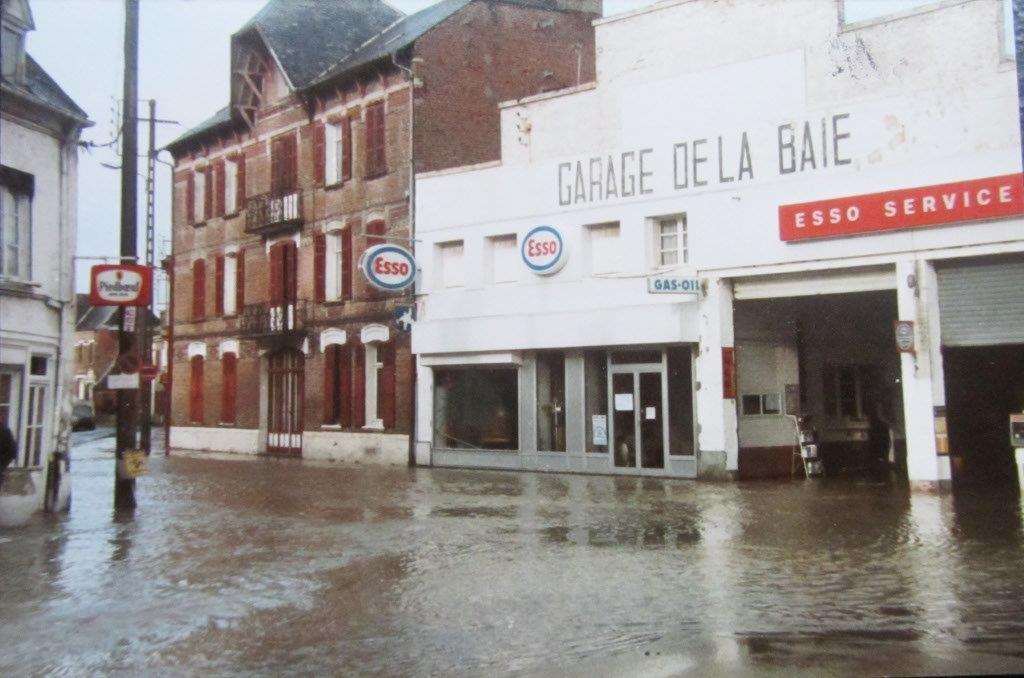 Inondation Place Jeanne d'Arc