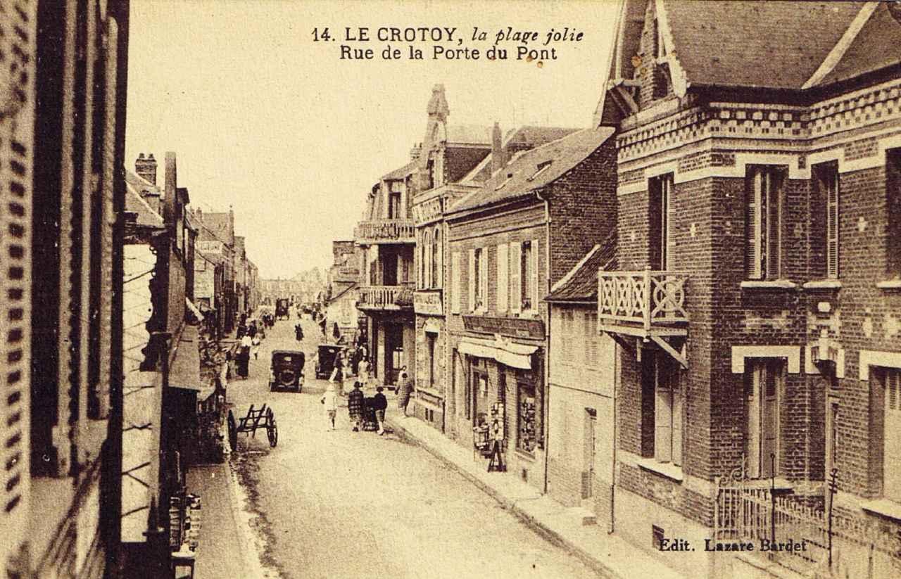La rue de la Porte du Pont en 1900