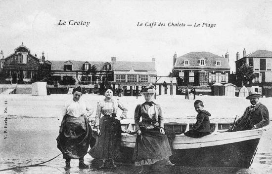 Sur la plage vers 1900