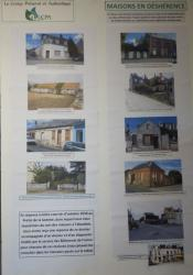 Photo panneau maisons en desherence